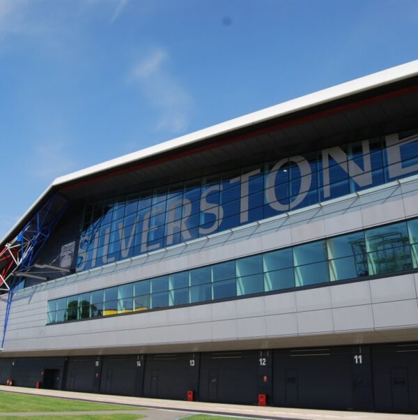 Boxengasse in Silverstone England